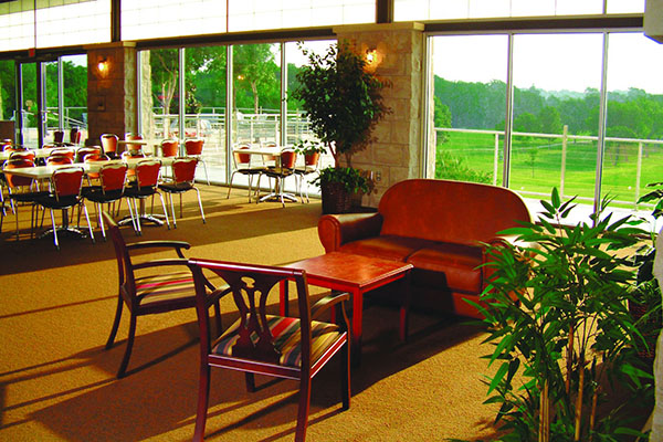 dining area at Pecan Hollow Golf Course